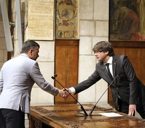 El moment de la presa de possessió de Santi Vila com a nou conseller d'Em