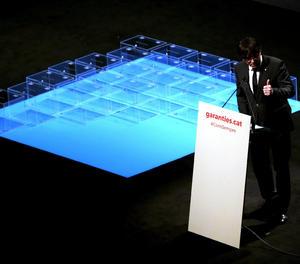 El president de la Generalitat, Carles Puigdemont, durant l'acte de presentació de la Llei del Referèndum al Teatre Nacional de Catalunya.