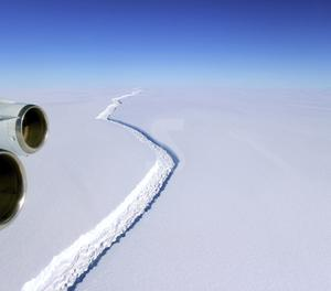 Es desprèn de l'Antàrtida un dels icebergs més grans del món