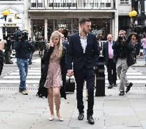 Els pares del nadó Charlie Gard anuncien el final de la seua batalla legal