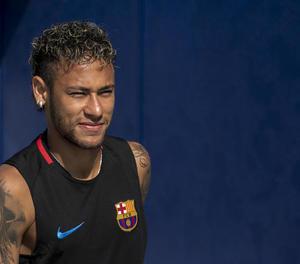 Neymar segueix sense revelar el seu futur esportiu.