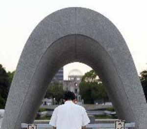 Hiroshima recorda els 72 anys de la bomba amb una crida al desarmament nuclear