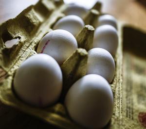 Una caixa d'ous.