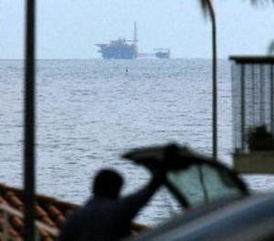 El magatzem de gas promogut per Gas Natural a Catalunya, en la via morta