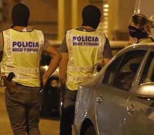 Agents del Grup Especial d'Intervenció dels Mossos d'Esquadra