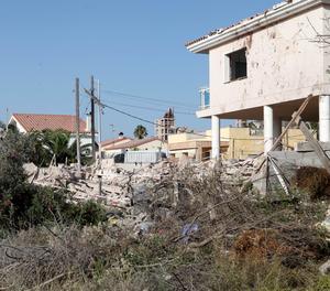 Estat en què va queda el xalet d'Alcanar després de la explosió.