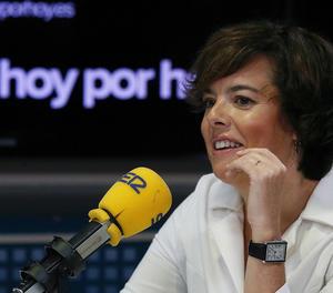 La vicepresidenta del Govern, Soraya Sáenz de Santamaria, en una entrevista a la SER.