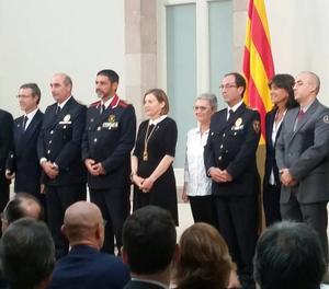El  major Trapero durant l'entrega de la Medalla d'Honor del Parlament als Mossos i a  a la resta de cossos de seguretat.