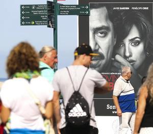 Els cartells del festival de cine ja inunden Sant Sebastià.