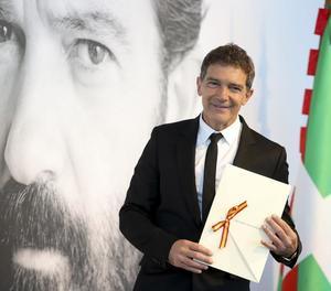 Antonio Banderas, ahir després de rebre a Sant Sebastià el Premio Nacional de Cinematografía.