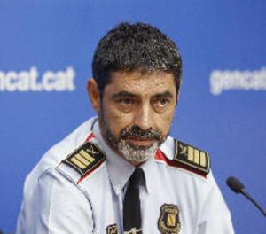 Trapero ordena a Mossos tancar col·legis i requisar urnes, cens i paperetes