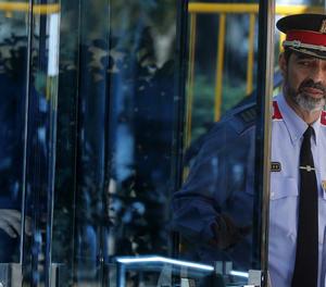 El major dels Mossos, Josep Lluís Trapero, surt de l'Audiència Nacional