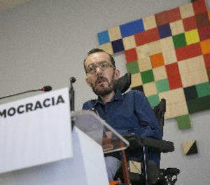 Podem acusa a Rajoy d'incendiar Espanya i Catalunya en suspendre la democràcia