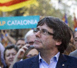 Puigdemont crida al Parlament a decidir sobre l'intent de