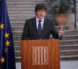 Puigdemont anomena els catalans a mantenir una