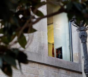 Una fotografia de Carles Puigdemont penjada en un despatx del Palau de la Generalitat