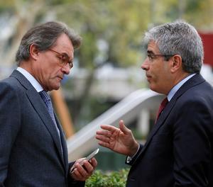 Artur Mas conversa con Francesc Homs