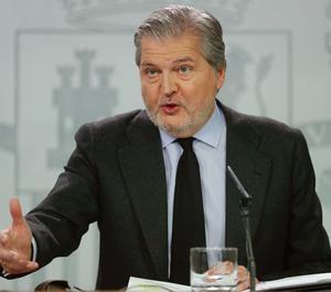El ministre d'educació i portaveu de l'Executiu, Íñigo Méndez de Vigo, en la conferència de premsa posterior a la reunió setmanal del Consell de Ministres.