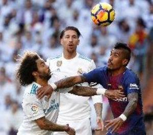 Luis Suárez, Messi i Aleix Vidal donen la victòria al Barcelona