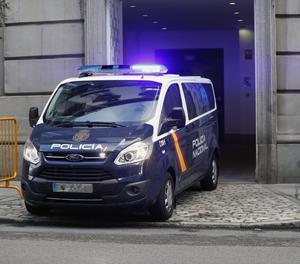 Un furgó de la Policia Nacional arriba al Tribunal Suprem
