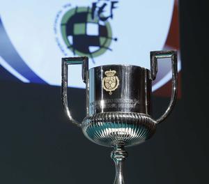 El trofeu de la Copa del Rei.