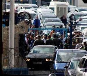Dos dones mortes en una allau en intentar entrar a Ceuta