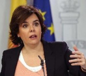 Sáenz de Santamaría: la investidura telemàtica de Puigdemont és inassumible