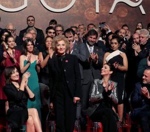 Marisa Paredes, Goya d'Honor, es va emportar un dels grans aplaudiments de la festa de nominats.
