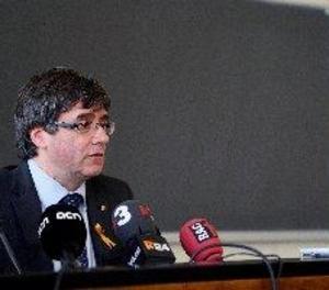 Puigdemont diu que mantindrà l'acta de diputat