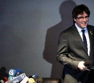 Puigdemont demana una mediació internacional i descarta renunciar al seu escó