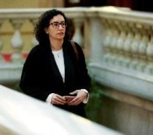Rovira diu estar a disposició de les autoritats suïsses i no descarta demanar asil