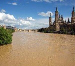 Incomunicat un barri d'Alfocea, a Saragossa, a causa de l'avinguda de l'Ebre