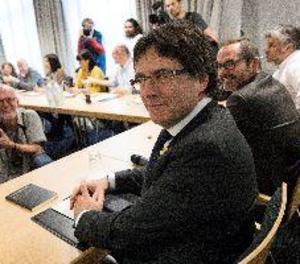 L'advocat de Puigdemont demana revocar l'ordre de detenció a Alemanya