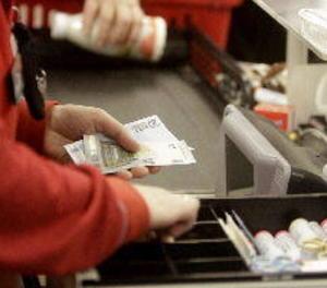 Els comerços estaran obligats a oferir alternatives al pagament en efectiu a partir dels 30 euros