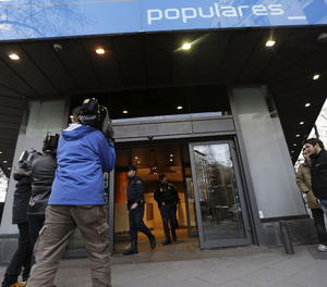 Entrada de la seu del PP, al Carrer Génova de Madrid, on va acudir la Policia el 2013 per notificar la denúncia presentada contra el partit l'extresorer i exsenador Luis Bárcenas.