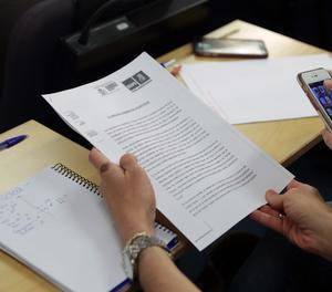 El document de la moció de censura registrat pel PSOE al Congrés.