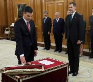 Sánchez promet el seu càrrec davant del rei