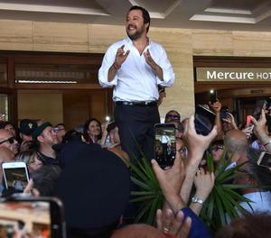 Matteo Salvini, ahir en un acte de campanya a Catània.