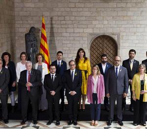 Foto de família del nou govern de la Generalitat,