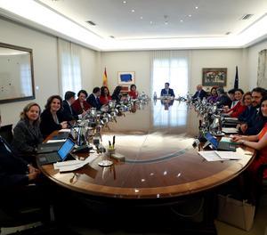 La primera reunió del Govern de Sánchez a la Moncloa.