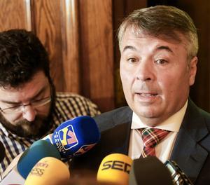 L'advocat Agustín Martínez Becerra, defensor de quatre dels cinc condemnats per abusar sexualment d'una noia de 18 anys durant les festes de San Fermín de 2016