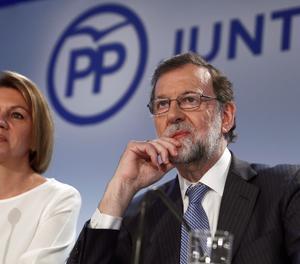 L'expresident del Govern Mariano Rajoy i l'exministra de Defensa i actual secretària general del PP, María Dolores de Cospedal.