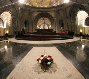 L'interior de la basílica del Valle de los Caídos.