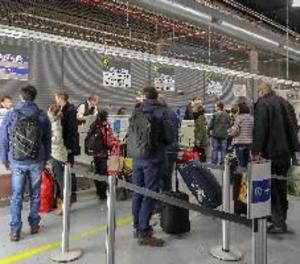 Facua demana de canviar la legislació de les aerolínies per facilitar la recuperació dels diners