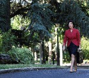 El Govern de Sánchez prepara el seu primer recurs al TC per la moció Parlament 9N