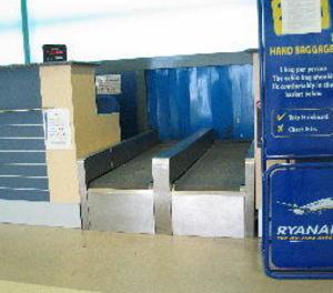 Ryanair cobrarà per l'equipatge de mà a partir de novembre