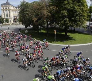 Pinot s'imposa a Andorra i Yates reforça el lideratge