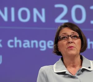 La comissària europea de Transports, Violeta Bulc.
