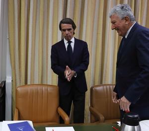 L'expresident del Govern José María Aznar ha tornat avui al Congrés, catorze anys després d'abandonar l'Executiu, per comparèixer davant de la Comissió d'Investigació sobre el finançament del PP.