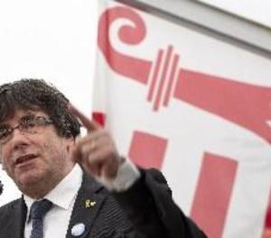Puigdemont crida als catalans a